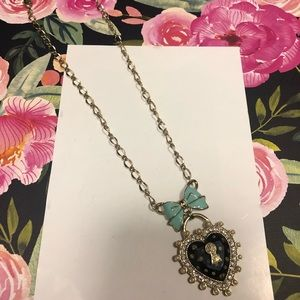 Betsey johnson necklace bow & heart